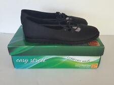 Women's Easy Street Easy Motion Black Effie Comfort Flats, Size 8 M