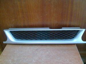 JDM Nissan AD Y10 / N14 Pulsar Wagon Front Grille Mazda Familia Van Y10 Grill