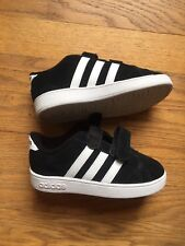 Adidas Baby Boy Toddler Size 9 Sneakers Black With White NEW