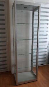 Standvitrine mit Beleuchtung - staubdicht - 60x40cm - Diorama - Ladeneinrichtung