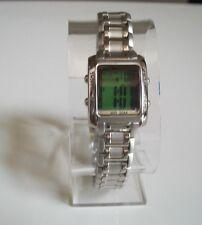 Designer small green dial digital light up metal band fashion watch