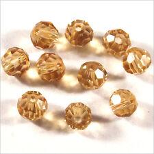 Lot de 30 perles à FACETTES 4mm en Cristal de Bohème Topaze clair
