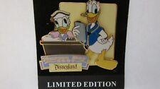 Disneyland Nurses Day 2007 Donald & Daisy Duck Pin - Limited Edition of 1000