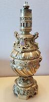 IMMENSE LAMPE A HUILE A PETROLE BRONZE LAMP OIL