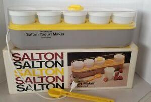 Salton GM5 Thermostat Yogurt Maker 5 Glasses Lids Thermometer Spoon New in Box