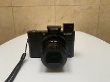 Sony RX100 V   Premium-Kompaktkamera (Zeiss-Objektiv, 4K-Filmaufnahmen . . . )