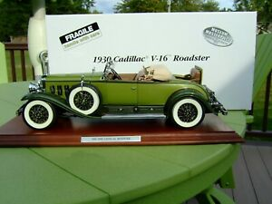 Danbury Mint 1:12 Scale 1930 Cadillac V-16 Roadster-PAPERS & BOX-EXCELLENT-