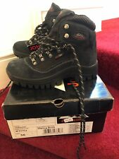Ladies Johnscliffe Conquest Hiking Boots. Uk 3 New