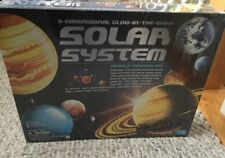 3D Glow-In-The-Dark Solar System Model Making Kit NEW