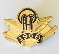 AT 1968 Authentic Club Pin Badge Rare Vintage (G11)