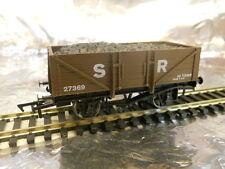 ** Dapol 4F-051-011 5 Plank Wagon SR 27369 OO Scale