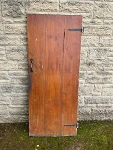 Reclaimed internal Victorian cottage style door with latch