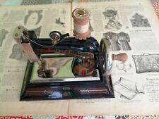 Jouet d'enfant vers 1920 belle machine à coudre CASIGE 1025 made in Germany.