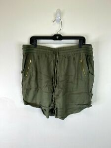 Charlotte Russe Women's Green Pocket Shorts SZ 2X