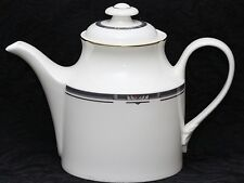 ROYAL DOULTON MUSICALE (H5131) Fine English Bone China Round Teapot