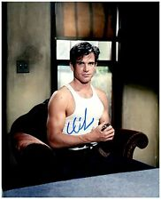 """Warren Beatty """"Bonnie and Clyde"""" Signed Autographed 8x10 Pic."""