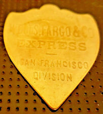 Wells Fargo Shield US Gold Lustre Express Unknown Unusual Mail Post Copper Badge