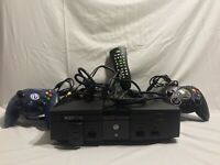 Original Microsoft Xbox Console Bundle w/ Cords & Controller! TESTED Works!