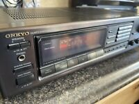 ONKYO TX-930 QUARTZ SYNTHESIZED TUNER AMPLIFIER AM/FM STEREO RECEIVER Tested