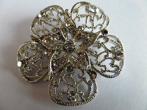 50S / 60S STYLE SILVER FILIGREE FLORAL CLUSTER DIAMANTE BROOCH 5 CM new boxed