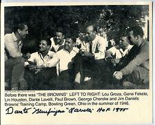 Autographed 8x10 Photo Cleveland Browns Dante Lavelli HOF 1975 jht