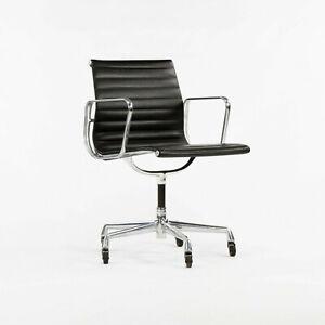2002 Herman Miller Eames Aluminum Group Management Desk Chair Black w Fixed Base