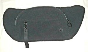 Lululemon NWT black fleece On The Beat Belt Bag Sherpa with adjustable belt