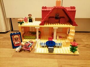 LEGO DUPLO 5639 FAMILY PLAY HOUSE Kitchen Bedrooms Lounge XMAS FREEPOST