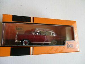 Miniature 1/43 Mercedes Benz 220 Is 1959 IXO CLC 357N W 111 Red