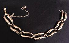 Tone Link 7.5� Bracelet. Designer Vintage Monet Bracelet Smooth Light Gold