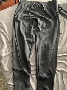 NWOT Under Armour Mens L Black Jogger Sweatpants Coldgear $55