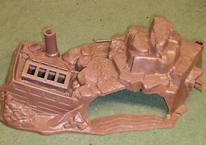 "Marx Toys PL-1745 ""Undersea Ship Wreck Diorama Base"" 1/300 Scale Plastic Scene"