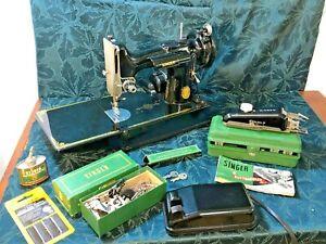 Vintage CLEAN! 1951 Singer Featherweight 221 Sewing Machine w/Case & Access