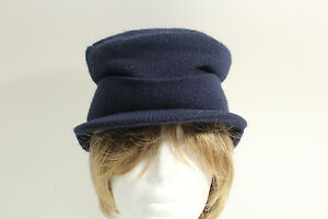 Vintage Knit Visor Sweater Cap Hat Ski Snow WinterToboggan Cold Weathr Navy Blue