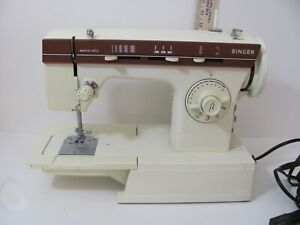 Singer 1873 80W Heavy Duty Home Sewing Machine WORKS GREAT Original Foot Pedal