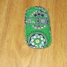 Retired Vera Bradley Soft Quilted Double Eye Eyeglass Case in Cupcakes Green
