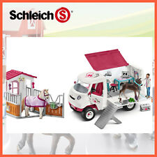 Schleich Mobile Vet With Hanoverian Foal Sc42370