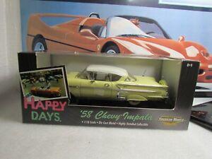 ERTL / HAPPY DAYS EDITION - 1958 CHEVROLET IMPALA - 1/18 SCALE MODEL CAR - 36603