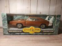 Ertl American Muscle 1969 Dodge Charger Daytona Superbird Club 1:18 Diecast Car