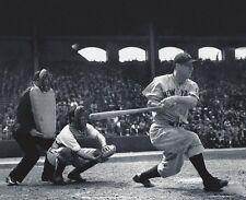 LOU GEHRIG 8X10 PHOTO NEW YORK YANKEES NY BASEBALL MLB PICTURE MAKING CONTACT