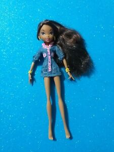 Winx Club - Layla - Aisha - Mattel
