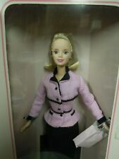 "LC-958   Barbie doll:""AVON REPRESENTATIVE""- Avon special ed.,1998; blonde"