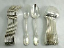 Boulenger modèle Godrons Coquille, 12 couverts de table 24 pièces, métal argenté