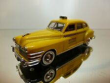SOLIDO - CHRYSLER WINDSOR TAXI  1946  -  1:43 - EXCELLENT COLLECTION  - 7
