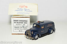 DURHAM DC-13 DC 13 FORD PADDY WAGON TORONTO CITY POLICE TOY SHOW 1993 MINT BOXED