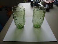 VINTAGE GREEN HONEY COMB MIDRID GLASS LOT OF 2 GLASSES