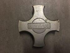 1 X Genuine Nissan 55mm Tapa de rueda de centro parte no 40342AV610