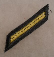 VARIANT OF VIETNAM ERA ARMY GREEN HASH MARK FOR 3 YEARS SERVICE, SEAM DOWN CTR