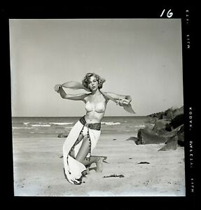 MELODY WEST 1960s Pretty Beach Model Bunny Yeager Archive 2 1/4 Camera Negative