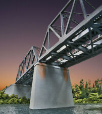 Walthers Cornerstone HO Scale Double-Track Railroad Bridge Concrete Pier 2-Pack